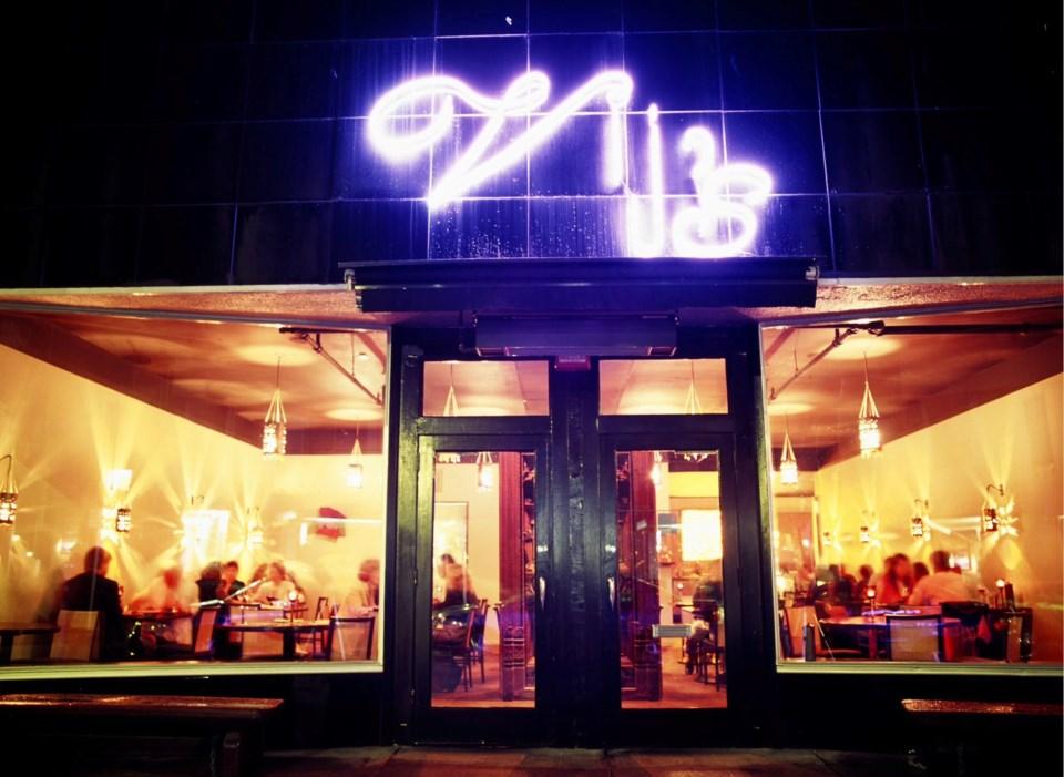 vijs-11th-south-granville-restaurant