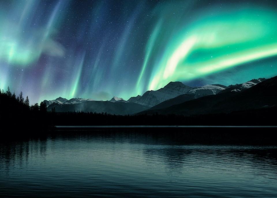 northern-lights-vancouver