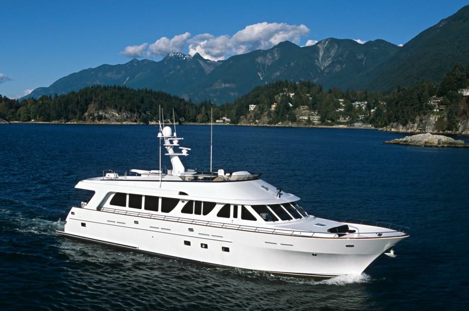 yacht-safe-boating-port-vancouver