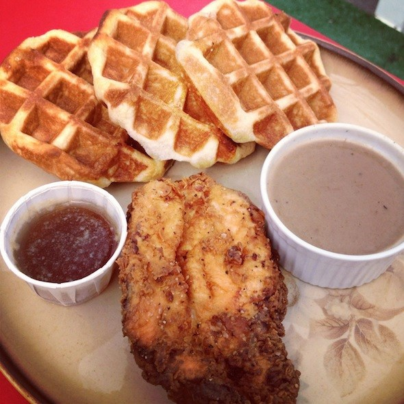 Chicken and Waffles from The Rumpus Room in 2012 (Photo by Erin Ireland/To Die For for Vancouver Is Awesome)