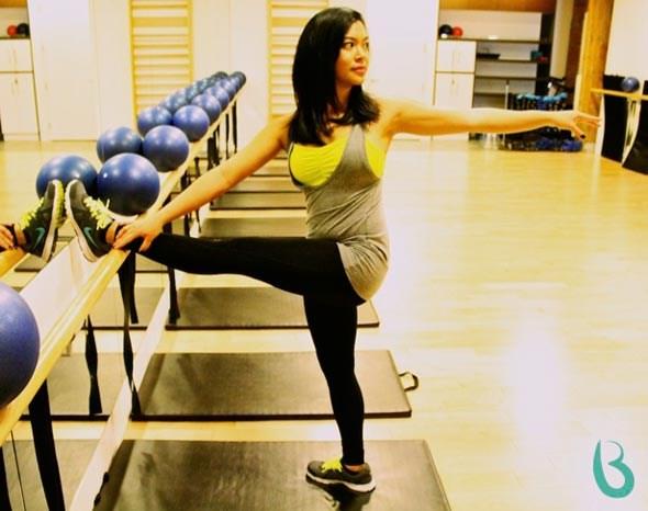 Barre-Stretch-w_-Spinal-Twist