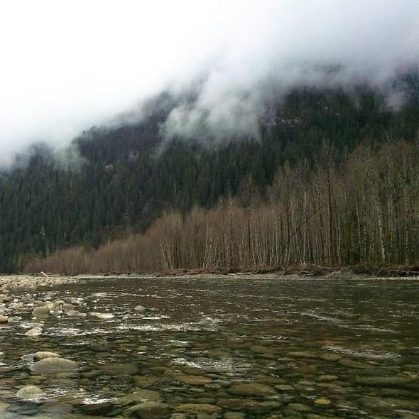 paradise-valley-squamish-river