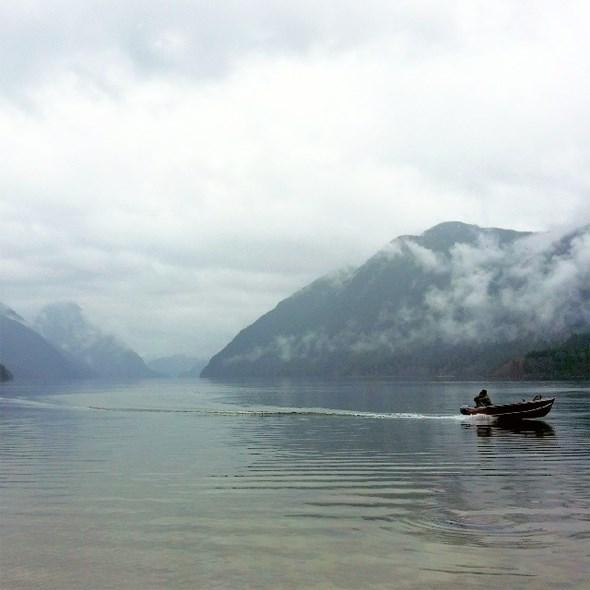 alouette-lake-boating