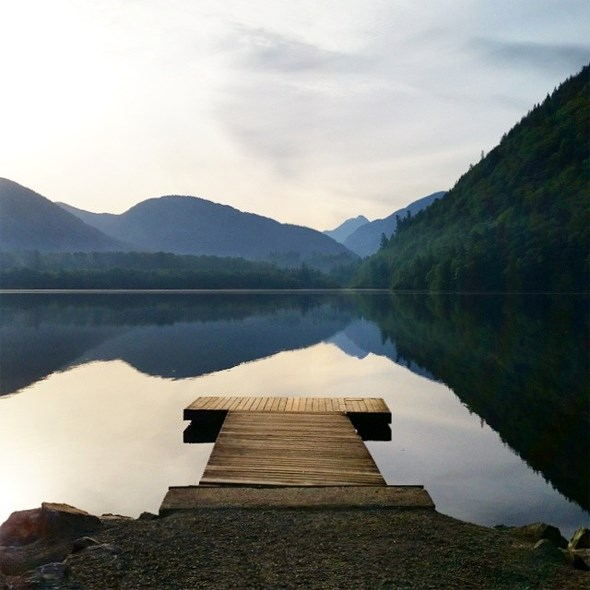 deer-lake-pier