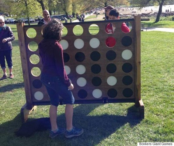 giant-connect-four