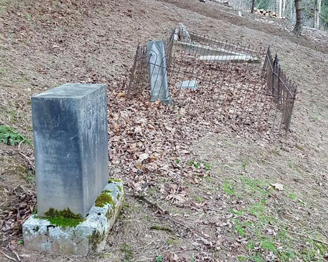 downhill-cemetery