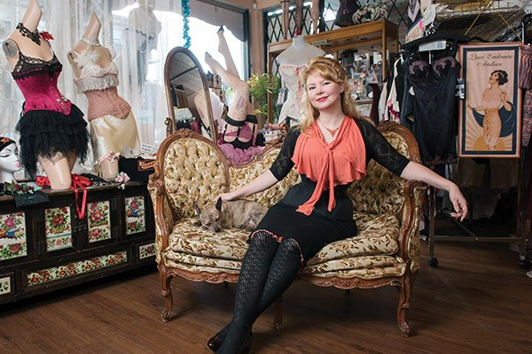 Melanie Talkington, vintage corset collector