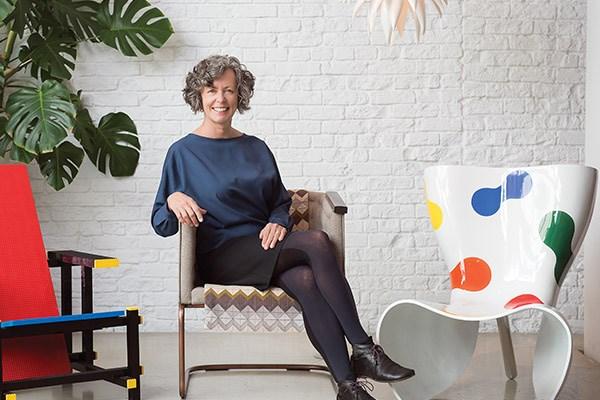 Nancy Bendtsen, chair collector