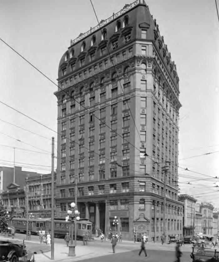 R. Broadbridge photo, Vancouver Public Library VPL 8393.