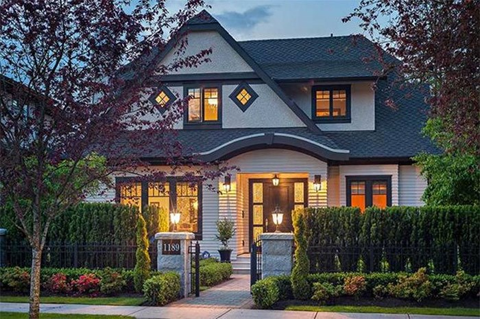 3 storeys in Shaughnessy. 5,477 sq.ft. Juliette Zhang, Crystal Hung, Macdonald Realty Westmar