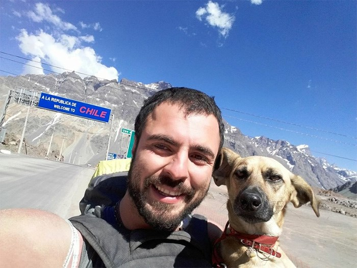 Chilean blogger Thomas Hartung and his four-legged friend, Popi, who inspired a new documentary called Stories with Fleas.