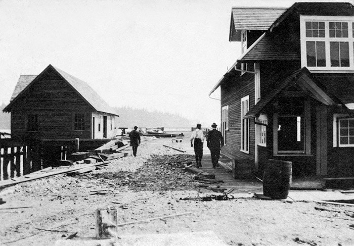 Ambleside ferry buildings and pier, West Vancouver, early 1900's. Hollyburn Heritage Society.