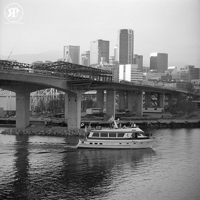 Construction of New Cambie Bridge, Vancouver, 1986
