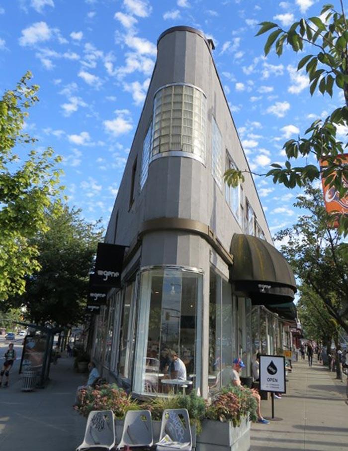 Gene Cafe. Photo: Jennifer Chernecki