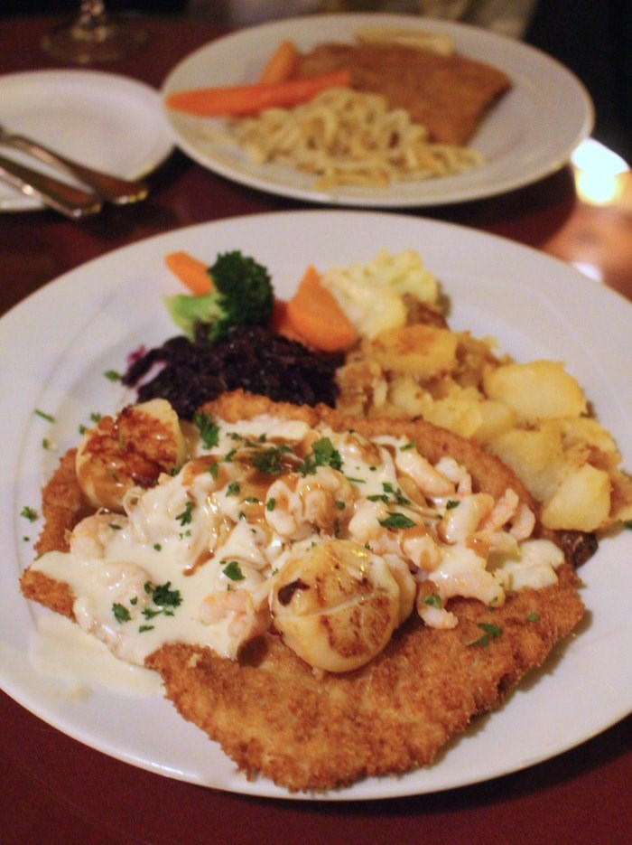 Schnitzel is the specialty at Black Forest (Photo: V.I.A.)