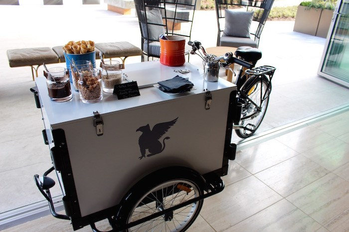 JW Ice Cream Cart (Lindsay William-Ross/Vancouver Is Awesome)
