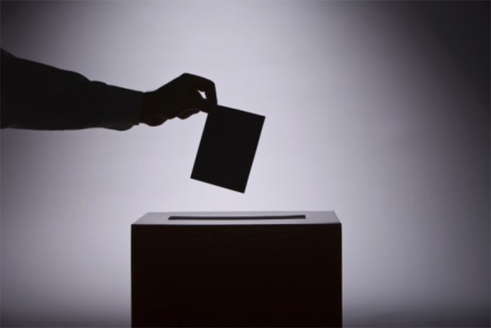 So what happens if no one wins a majority in the Canadian federal election on OCt. 21? Photo: Ballot box/Shutterstock