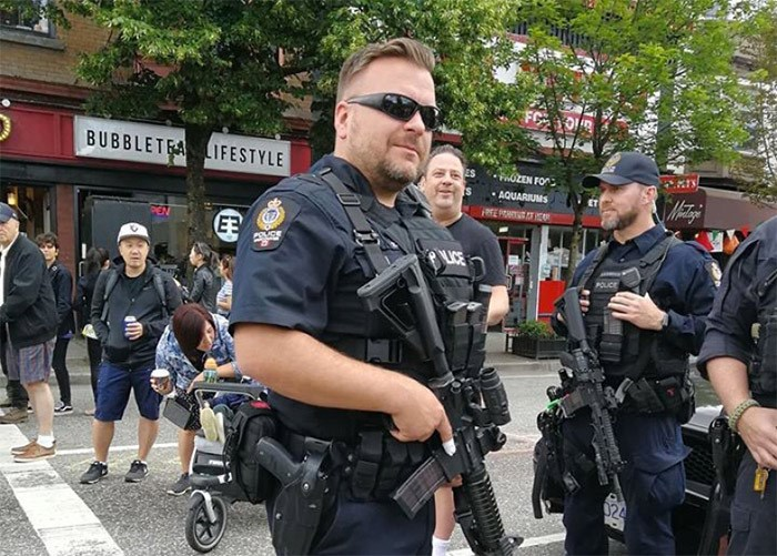 Vancouver PD ERT members carrying Colt C8 carbine rifles at Italian Days on the Drive. Courtesy of Twitter @VanAlias / Adrienne Smith