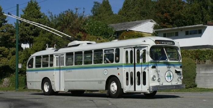 Bus 2416 (Transit Museum Society of B.C.)