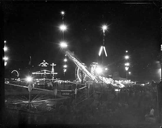 Playland at night in 1947 (Vancouver Public Library)