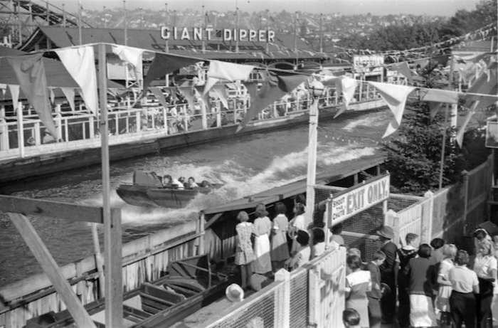 Chute the Chutes ride, 1936 (Vancouver Archives)