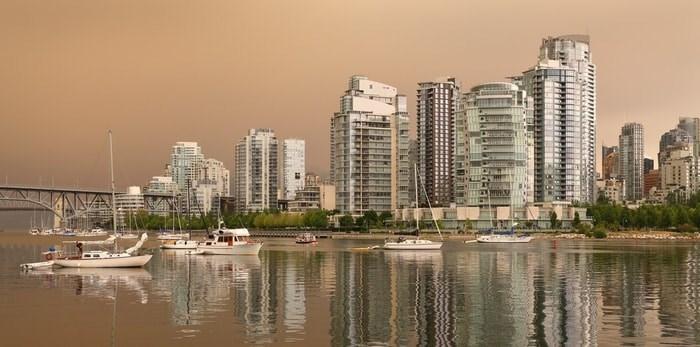 Wildfire haze in Vancouver/Shutterstock