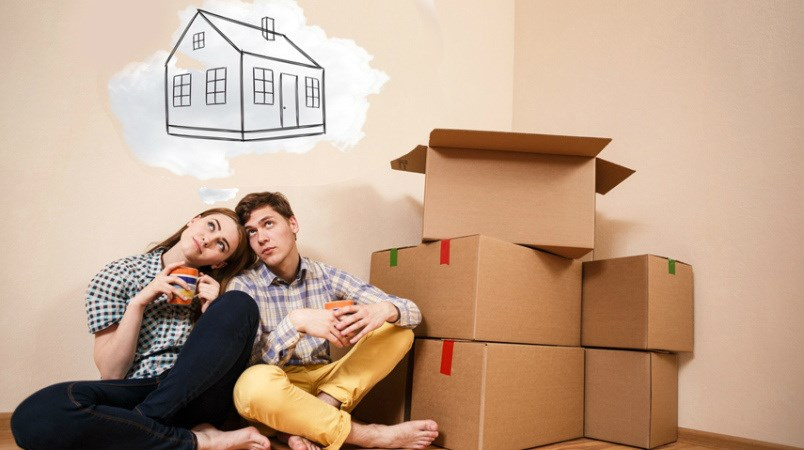 Couple wants to buy a home/Shutterstock