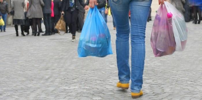 Plastic shopping bags/Shutterstock