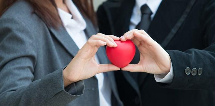 Office romance/Shutterstock