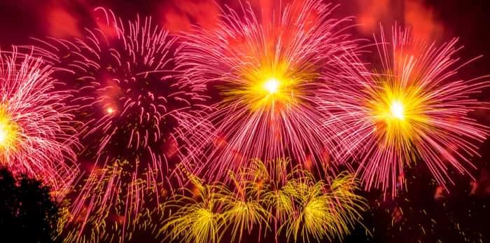 Photo: fireworks display / Shutterstock