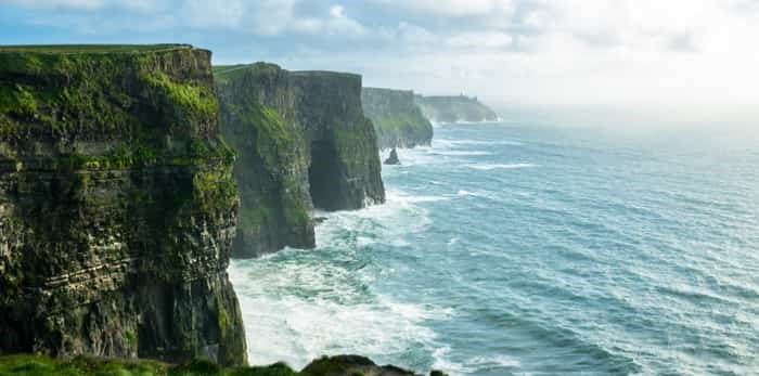 Photo: The Cliffs of Moher / Shutterstock
