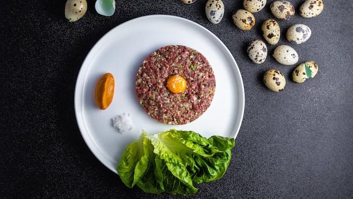Beef tartare at Elisa (Photo by Leila Kwok)
