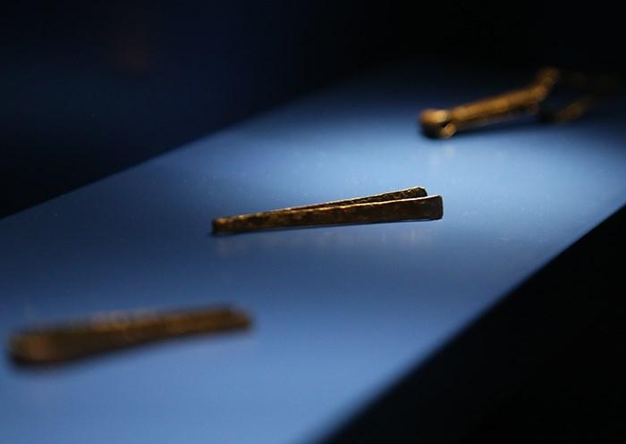 Ancient Egyptian tweezers. Photo Bob Kronbauer