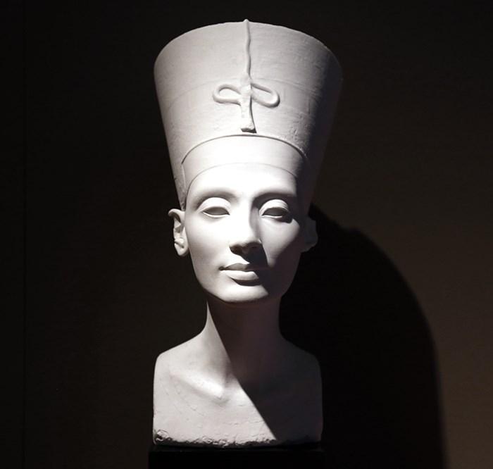 Nefertiti. Photo Bob Kronbauer