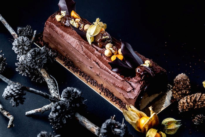Buche de Noel at Thierry (Photo by Leila Kwok)