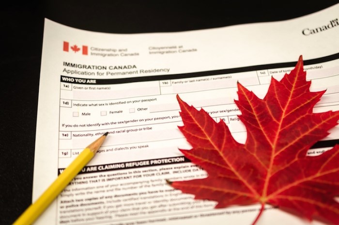 Canadian immigration form (iSTOCK)