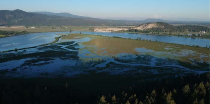 View from drone for Minnekhada Regional Park, BC / Shutterstock