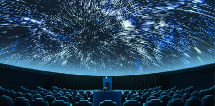 A spectacular full-dome digital projection at the planetarium / Shutterstock