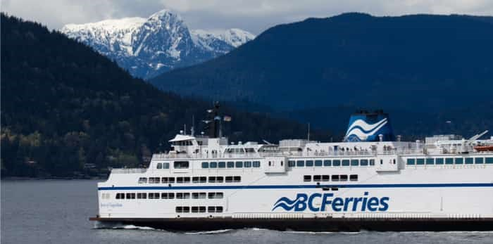A BC ferry crossing Howe Sound to Sunshine Coast / Shutterstock