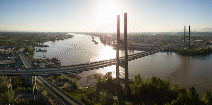 The province is on track to launch the Alex Fraser's new counter-flow system by the end of the year. Photo: Alex Fraser Bridge/Shutterstock