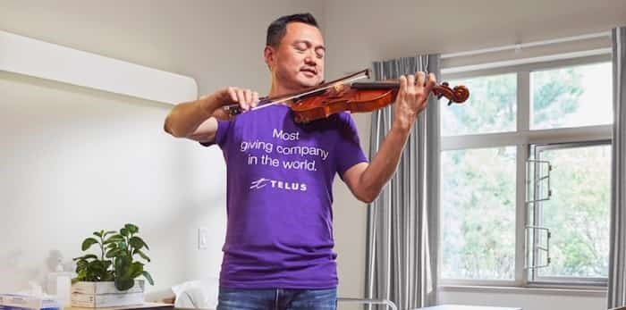 Tom Su plays violin every Tuesday night at Burnaby Hospital. Photo: Tom Su