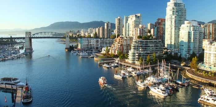 Photo: Vancouver harbour / Shutterstock