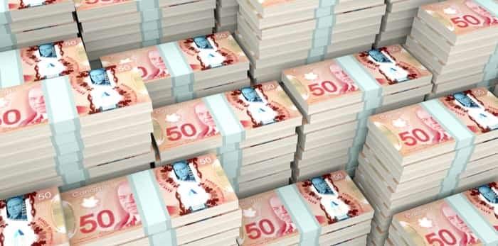 Photo: 3D Illustration Canadian money / Shutterstock