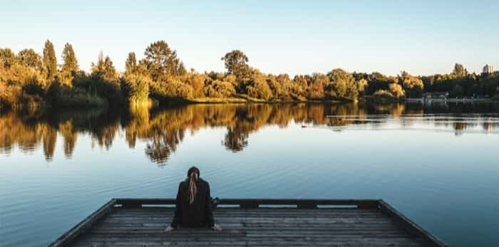 Photo: Girl at Trout Lake in Vancouver / Shutterstock