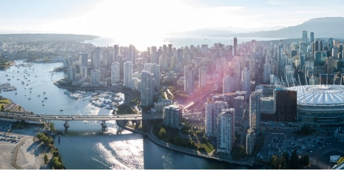 Vancouver skyline/Shutterstock