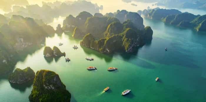 Photo: Halong Bay / Shutterstock