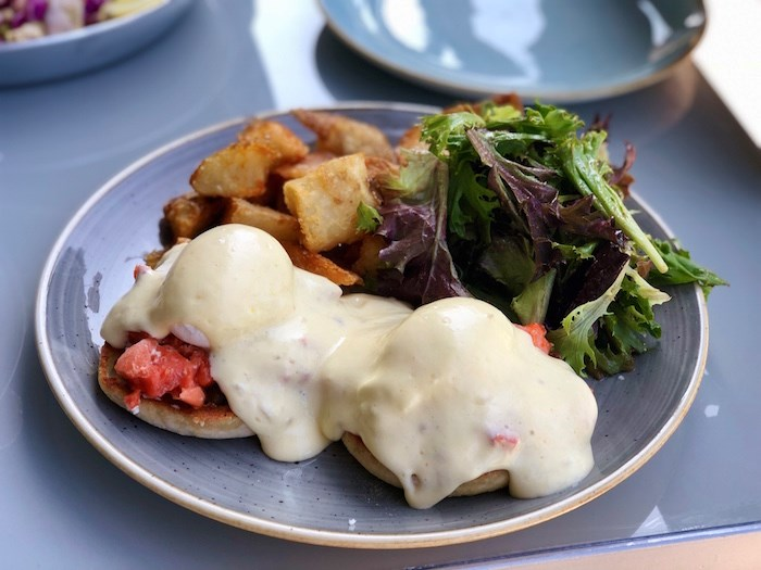 Westcoast Benny at Papi's. Photo by Lindsay William-Ross/Vancouver Is Awesome