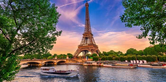 Known for its awe-inspiring architecture, incredible art galleries, and rich history, Paris offers a multitude of things to see and do. Photo: Paris / Shutterstock