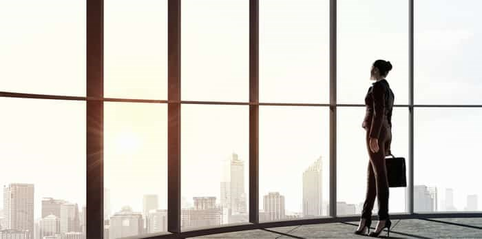 Photo: business woman / Shutterstock