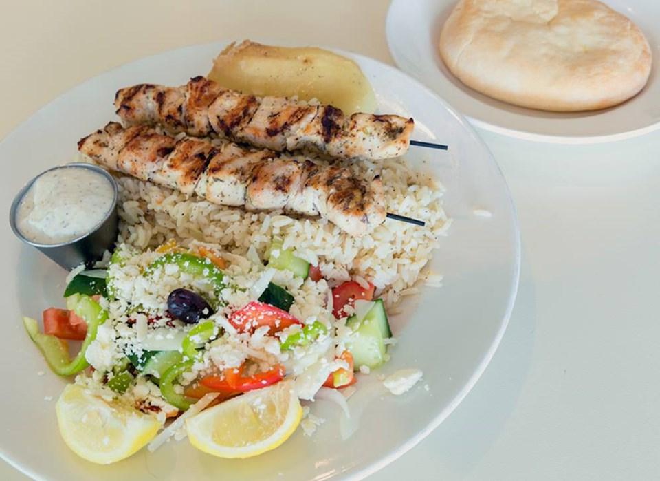 Photo: Yianni's